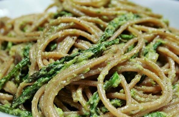 tagliolini integrali agli asparagi
