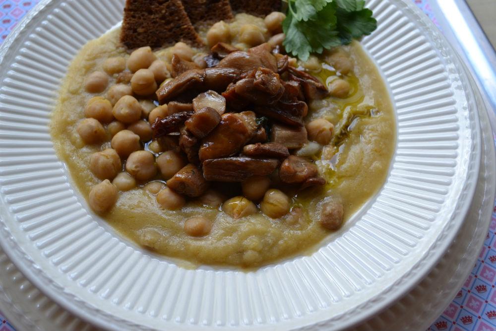 zuppa di ceci e funghi porcini