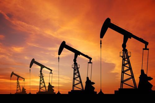 Petrolio, a Roma in giudizio