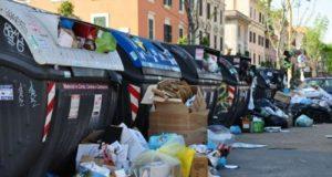 Contro il sacchetto selvaggio, parte la campagna Fai la cosa giusta di CEMAmbiente sui cestini stradali