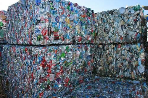 Riciclo rifiuti, Italia seconda in Europa