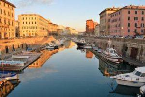 Percorsi a piedi, Livorno ottava per Holidu