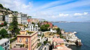 Percorsi a piedi, Napoli al decimo posto per Holidu