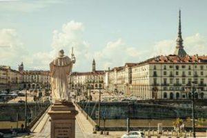 Percorsi a piedi, Torino quinta per Holidu
