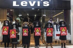 Levi's 'Detox' Action in Mexico City