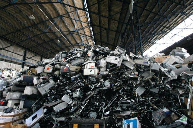 Erp Italia rifiuti tecnologici
