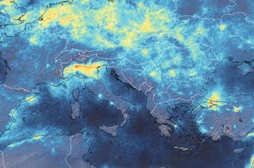 Coronavirus, crolla Inquinamento
