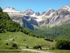 Una veduta dei Pirenei